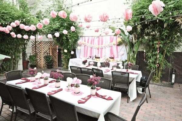 бело розовая свадьба